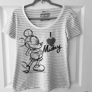 """Disney Store Size Med. """"I Love Mickey"""" T Shirt"""
